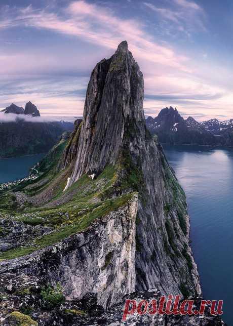 Enantiodromija | coiour-my-world: Senja, Norway | byantenorefabio
