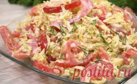 Моментальный салат из помидоров на каждый день: готовим всю неделю и не надоедает