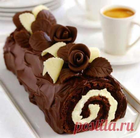 Шоколадный рулет / Простые рецепты