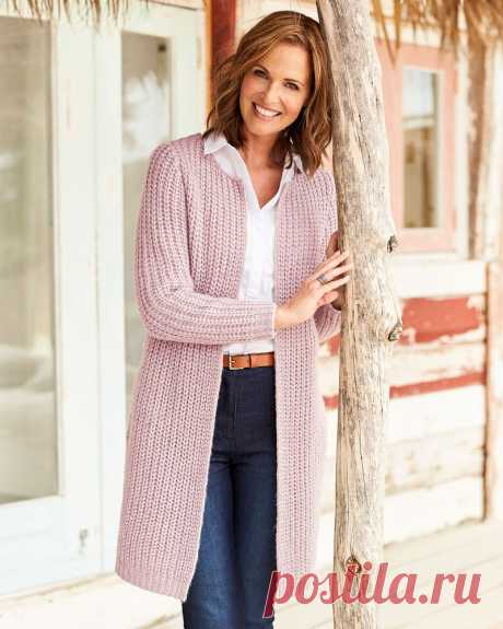 """Longline Cable Cardigan A flattering longline layer with striking cable knit to the back, ribbed cuffs and hem. A single hook and eye fastening at the neck and handy pockets makes it the perfect practical weekender.Length approx 33"""" (84cm)Machine Washable100% Acrylic"""