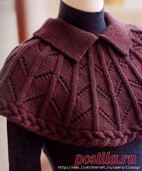 #ретро_стиль #винтаж #вязание_для_женщин #вязание_спицами #манишка_спицами #пелерина_спицами  Оригинальная и романтичная пелерина - для любительниц винтажного стиля или #шебби_шик. Чтобы не стать похожей на старую деву, используйте броские и крупные аксессуары современных форм. Например, оригинальные кулоны на длинной цепочке, которые одевать под манишку. Также вниз лучше одевать строгие рубашки, а не блузки или водолазки