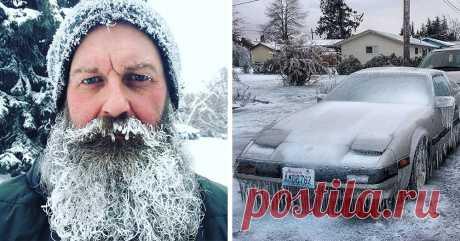 В США и Канаде в начале года ударили небывалые морозы, и люди выкладывают в интернет поразительные снимки, на которые даже смотреть холодно Северную Америку накрыли неожиданные морозы, да такие, что в США и Канаде из-за этого начался настоящий хаос, который, тем не менее, не мешает жителям делиться в интернете фантастически холодными фото…