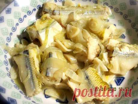 Рыба по-Сахалински: попробуйте, не пожалеете)) + Рыба в Карельском стиле Танцы от плиты и до компа !! Хочу предложить вашему вниманию рецепт приготовления рыбы. Рецепт прост до безобразия. Готовлю часто рыбу беру разную.Рыбу можно брать любую ,хороша в этом рецепте треска, или минтай. Я взяла сегодня , то что было свежее (не замороженное ) в магазине.Корюшку . Рецепт...