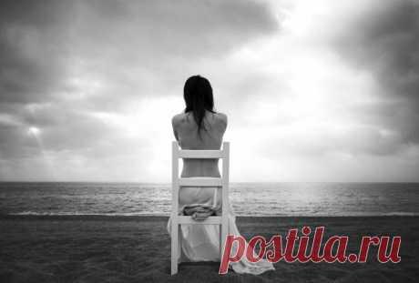 Как справиться с одиночеством и депрессией, делятся эксперты.    Чувство одиночества и депрессии знакомо практически каждому. Современный мир заставляет нас чувствовать себя такими отчужденными и одинокими, как никогда ранее. К этим чувствам добавляются проблемы…