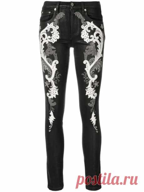 Roberto Cavalli Джинсы с Декором в Барочном Стиле - Farfetch Купить Roberto Cavalli джинсы с декором в барочном стиле