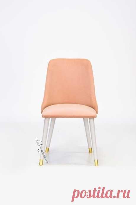 Мягкий стул из массива дерева изогнутый по радиусу Глори-10.