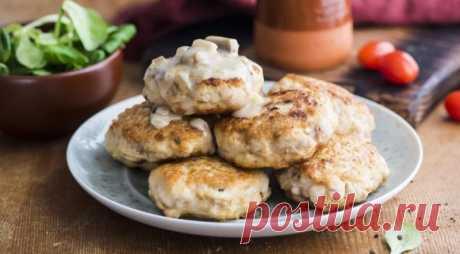 Куриные биточки с грибным cоусом — Sloosh – кулинарные рецепты
