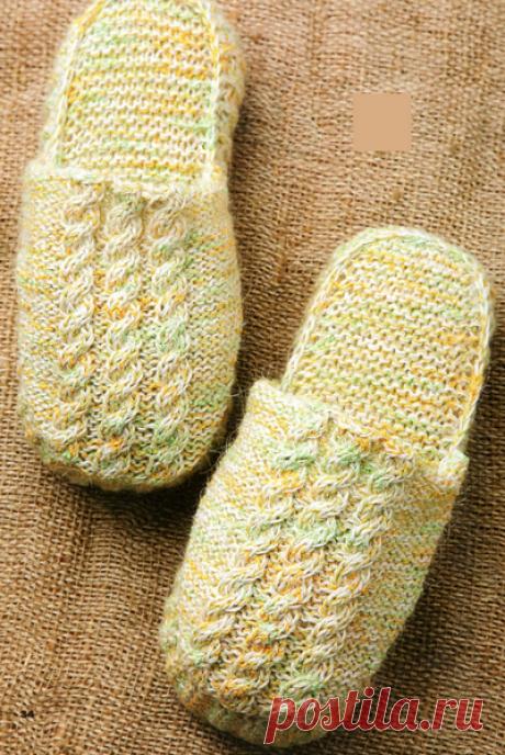 Вязание спицами и крючком: Домашние комнатные тапочки на толстой подошве