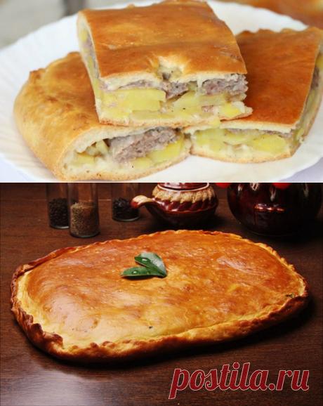 Пирог с фаршем и картошкой в духовке  =фарш, 350г     пшеничная мука, 4 стакана     картофель, 3 клубня     луковица, 2шт     растительное масло, 1 стакан     вода, 1 стакан     соль     перец
