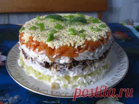 """Лучшие кулинарные рецепты : Салат """"Лисья шубка"""""""