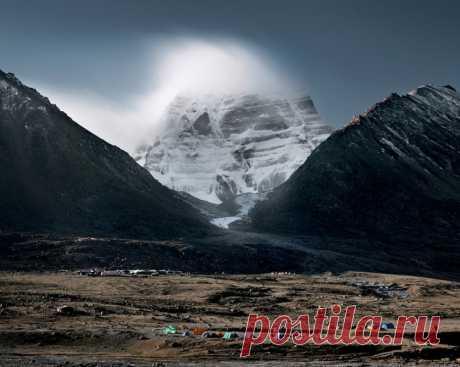 Гора Кайлас – сердце мира, ось земли и центр Вселенной… Фотограф Сэмюэл Зудер (Samuel Zuder) — Фотоискусство