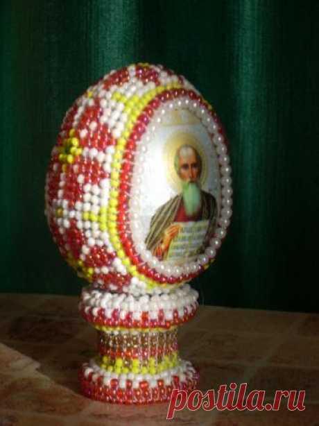 Бисероплетение к Пасхе. Оплетение яйца с термонаклейкой
