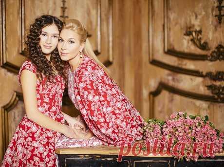 Дина Немцова с мамой