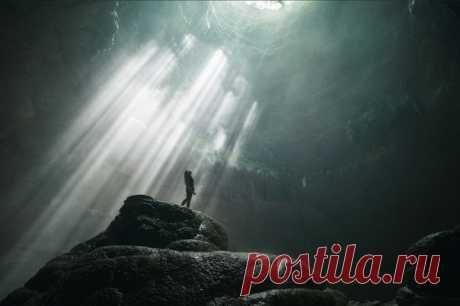 Древняя пещера Джомбланг, остров Ява.
