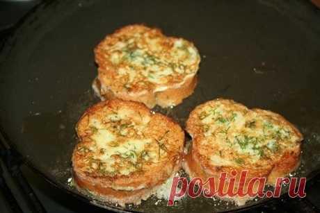 Как приготовить гренки с помидорами и сыром к завтраку - рецепт, ингредиенты и фотографии