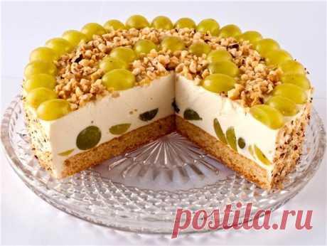 Любимые рецепты  Творожный торт с виноградом Ингредиенты: 1/2 стакана сахара 3 ст. ложка лимонного сока;  500-600 гр. творога Показать полностью…