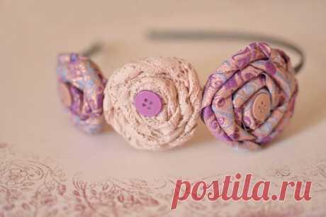 Как сделать ободок с цветами своими руками (фото) Ободок с цветами своими руками. Ободок с розами из скрученной ткани. Ободок с белой розой из фоамирана - очень подробный мастер-класс с шаблонами.