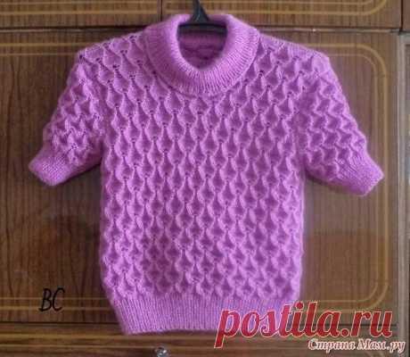 Симпатичный узор спицами, подойдет для пуловера