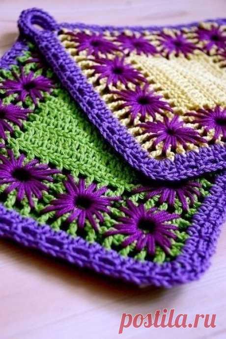 Вязаные прихватки с вышивкой — DIYIdeas