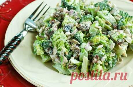 Лучший ужин-куриный салат с брокколи