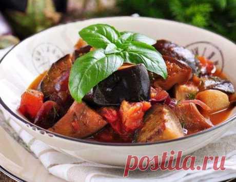Тушеные баклажаны - рецепт приготовления с фото от Maggi.ru