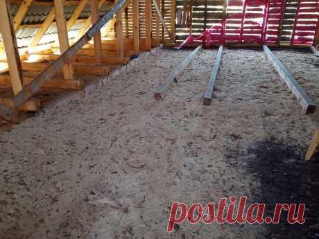 Дедовский метод утепления потолка в частном доме, глиной и опилками
