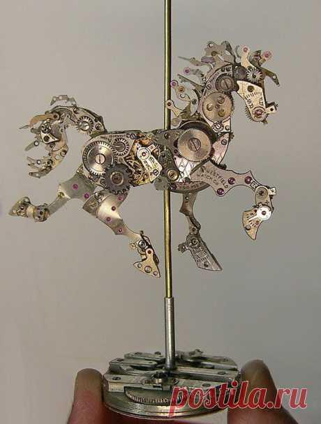 Художница использует старые части часов, чтобы изготовить крошечные сложные работы в стиле стимпанк | Живой фотоблог