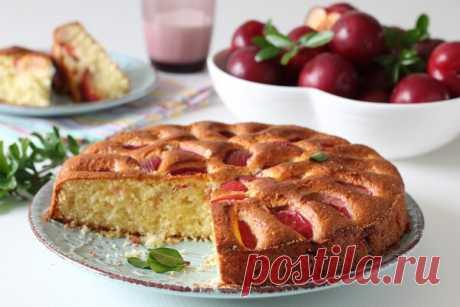 пряный пирог со сливами