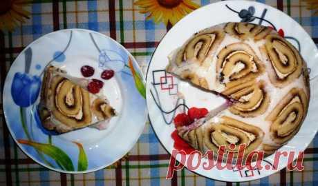 Творожный торт без выпечки «Улитка»          Творожный торт без выпечки «Улитка» очень необычный, нежный и вкусный. Для его приготовления можно использовать как творог, так и творожную массу, фруктовые и кремовые рулеты, разнообразные ф…