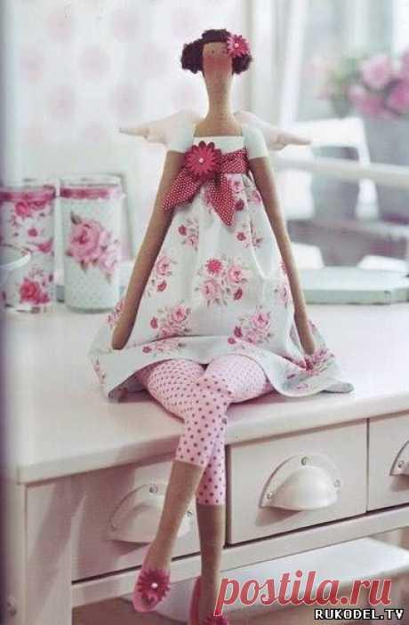 """Мастер класс кукла тильда """"Цветочный ангел"""" с выкройкой - Рукодел.TV Мастер класс тильда """"Цветочный ангел"""" с выкройкой Предлагаем вам фото мастер класс по изготовлению куклы тильды """"Цветочный ангел"""" своими руками.  С помощью данной выкройки вы сможете"""