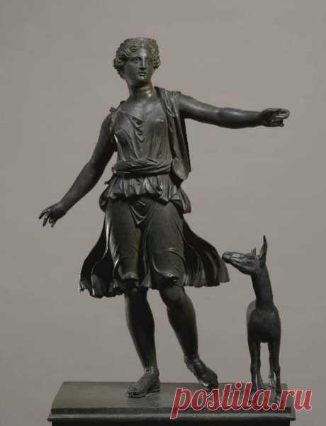 10 самых дорогих скульптур, проданных с аукционов