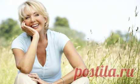 Стройные женщины 50 и + . Летние образы с белыми брюками. Добрый день! Отпраздновали юбилей. Исполнилось 50 лет. Почему — то у многих на душе грусть, но не у всех. Есть женщины оптимистки. Они рассматривают данную дату, как переломную и видят её новым этапом в своей жизни. Учитывая все плюсы данного возраста, женщины используют их по полной. Из них — мудрость, уверенность в себе, опыт, стабильность, […] Читай дальше на сайте. Жми подробнее ➡