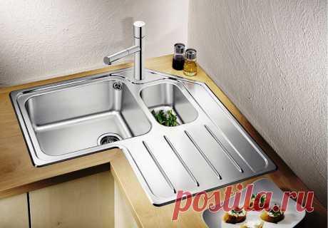 Угловая мойка для кухни: вариант для малогабаритного помещения