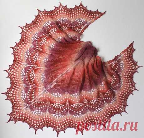 Шаль Триана спицами, Вязание для женщин