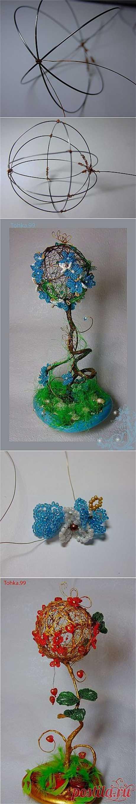Деревце - топиарий с бисерными цветами. Сделать такую красоту можно по мастер-классу https://strady.org.ua/post155763761/#