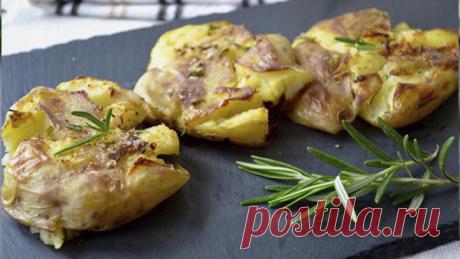 Давленный картофель по-австралийски - Пошаговый рецепт с фото своими руками Давленный картофель по-австралийски - Простой пошаговый рецепт приготовления в домашних условиях с фото. Давленный картофель по-австралийски - Состав, калорийность и ингредиенти вкусного рецепта.