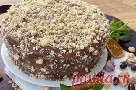 Торт с фундуком - КУХНЯ МИРА          Замечательный тортик, в основе которого фундук. Прекрасно пропекается, в меру сладкий, рыхлый внутри, но при нарезке не крошится. Красиво смотрится на срезе, орехи чётко ощущаются во вкусе и аромате выпечки! Полив шоколадной глазурью вы получите идеальную классику. Рецепт от турецкой домохозяйки Ингредиенты: Тесто Яйцо куриное — […]
