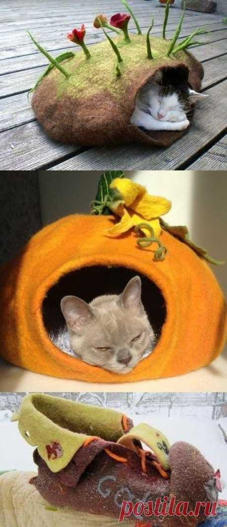 Cozy lodge for a pet from felt. How to you such warm idea? You watch more ideas here.
