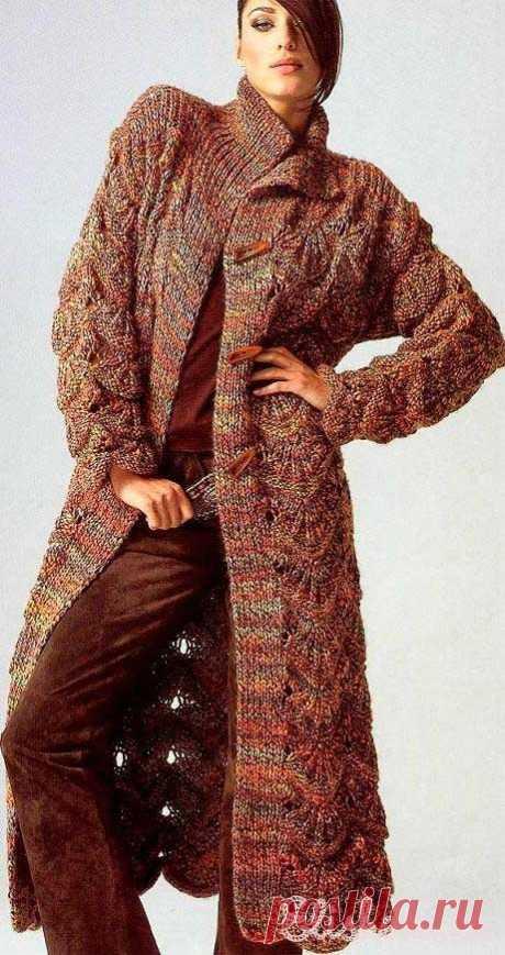 Пальто Gedifra Skarlett вязаное спицами