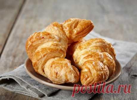 Швидкий сніданок: круасан з листового тіста з Nutella - tochka.net