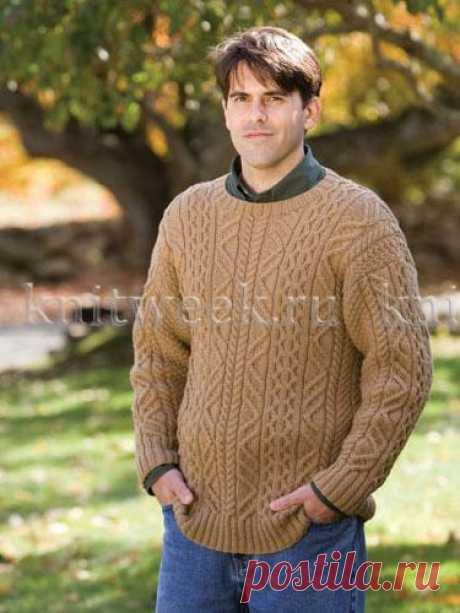 Классический пуловер с аранами.