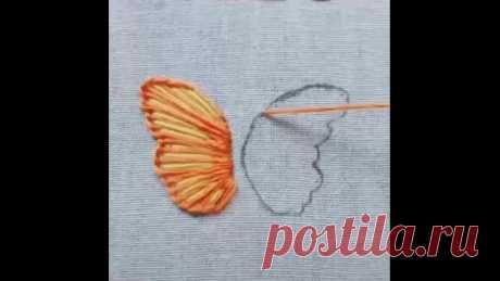 Такой бабочкой можно украсить, например, детскую футболку.  Согласны?