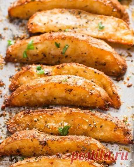 Картофельные дольки с сыром и чесноком — Sloosh – кулинарные рецепты