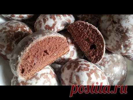 Шоколадные пряники в сахарной глазури.
