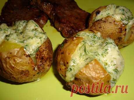 Шикарный гарнир - запечённый в духовке картофель с сыром 1 кг картофеля...