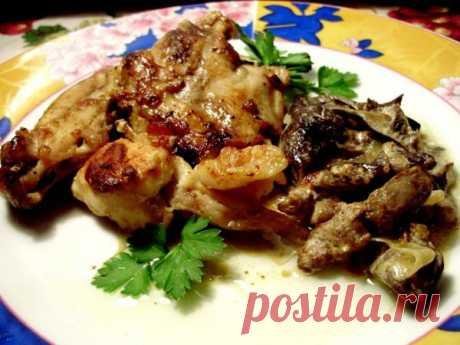 Тушеный кролик с грибным соусом. Простое и очень вкусное блюдо!