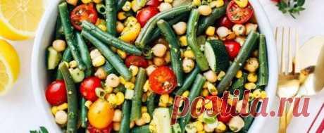 Летние салаты и самые вкусные рецепты с фото Рецепты летних салатов с фото. Салаты простые и вкусные на каждый день и на праздник, рецепты пошагово.