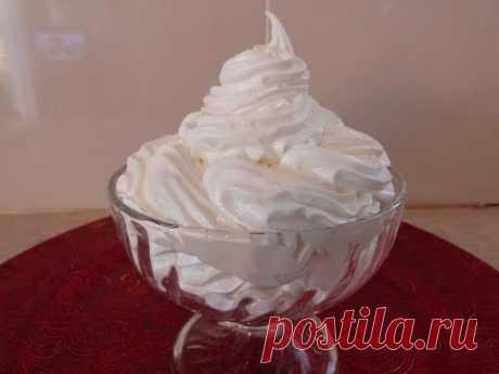 Белковый заварной крем. Как украсить торт.