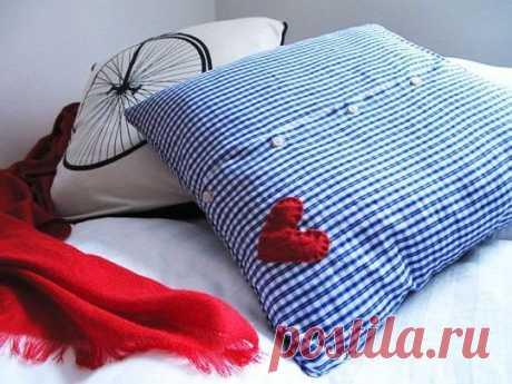 Наволочка на пуговицах из старой рубашки / Подушки / Модный сайт о стильной переделке одежды и интерьера