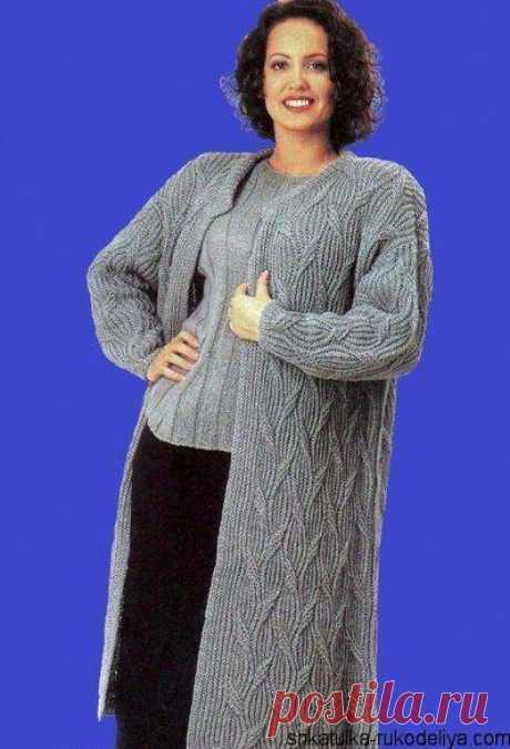 Женское пальто спицами со схемами.